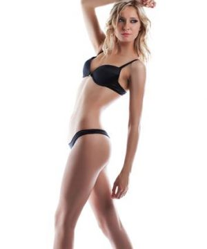 tall leggy blonde model