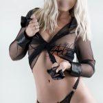chloe sexy young model escort